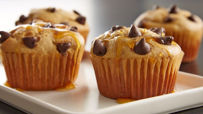 Instead of slaving over a hot griddle, these pancake muffins make pancakes easy business!