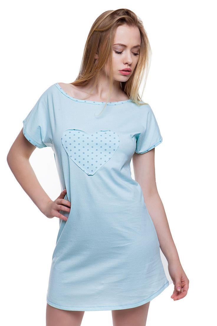 Dámská bledě modrá noční košile s našitým srdcem. #nightgown with #heart #lightblue