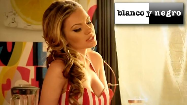 Oooooh yeah squeeeeeeeeeeeze my lemon plum's please....  Any fit guys out there, and you'll get a squirt in ya face mmm lol  Alexandra Stan - Lemonade (Official Video)