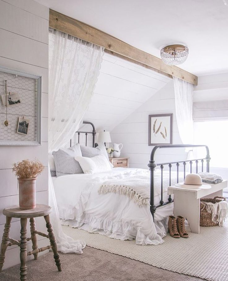 Die besten 25+ Romantische schlafzimmer Ideen auf Pinterest - schlafzimmer landhausstil weiß