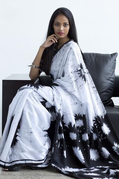 monochrome Batik saree Free shipping to India www.fashionmarket.lk
