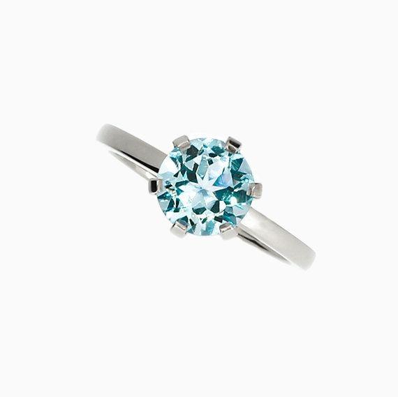 Signature Crown ring with Aquamarine in Platinum