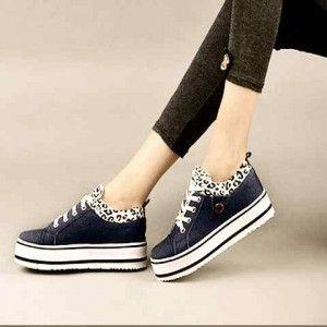 Sepatu Jins Loreng