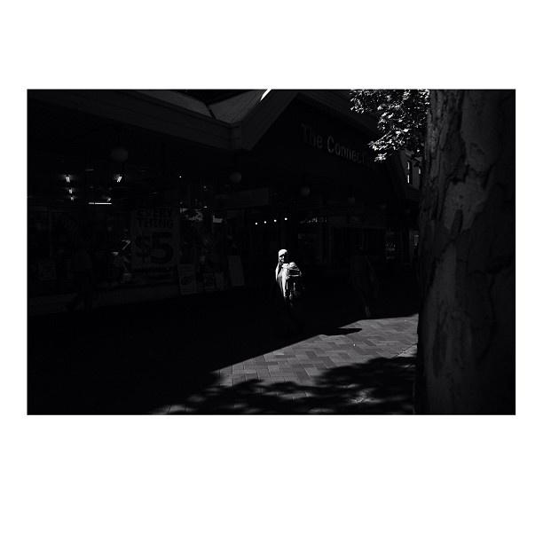 Strolling through Church Street Mall, Parramatta. Si. #fcnphoto #fujifilmxpro1 #dailylife #sydney #sydneylife #sydneycommunity #australia #streetbw #streetphotography #igerssyd - @iamsibennett- #webstagram