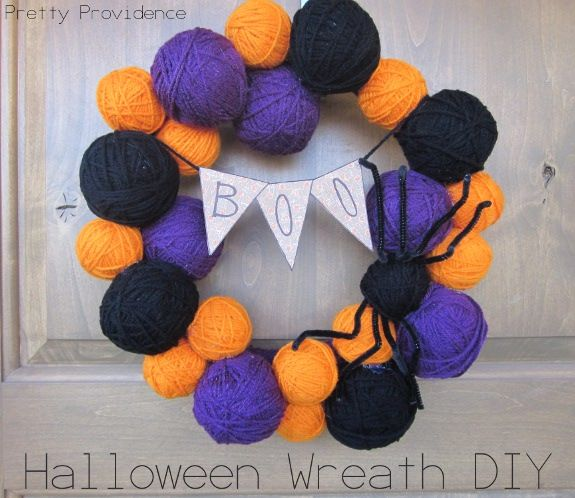 Adorable and easy DIY Halloween Wreath for under $10! Great way to pass your TV time this week off as productive ;).