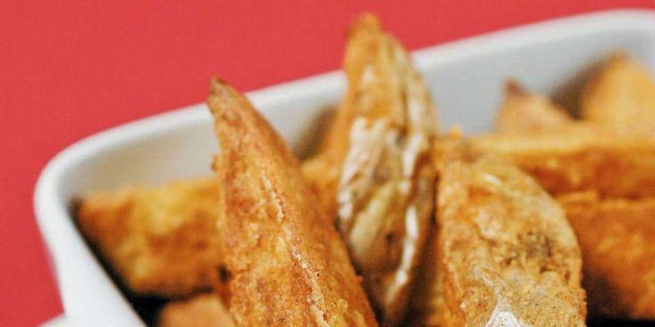OPPSKRIFT PÅ POTETER: Clotilde viser oss en ny, herlig vri på ovnsbakte poteter.