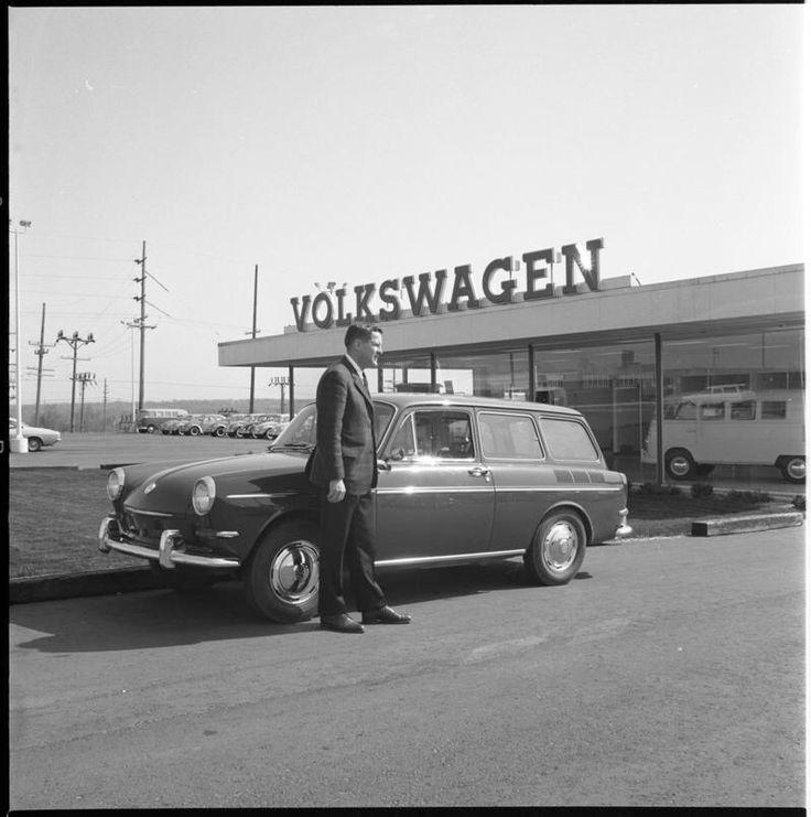 HOWARD COOPER VW DEALER IN ANN ARBOR CA 1965