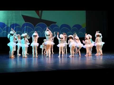 Spectacle danse enfants - Lola et Théo les petits bateaux - YouTube