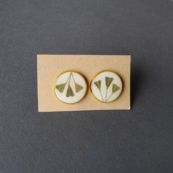 Shepherd's purse gold plated stud earrings  by @hiddengarden11 #flower earrings #gold #golden #heart #valentines