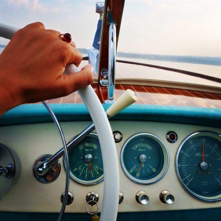 Speedboating Riva
