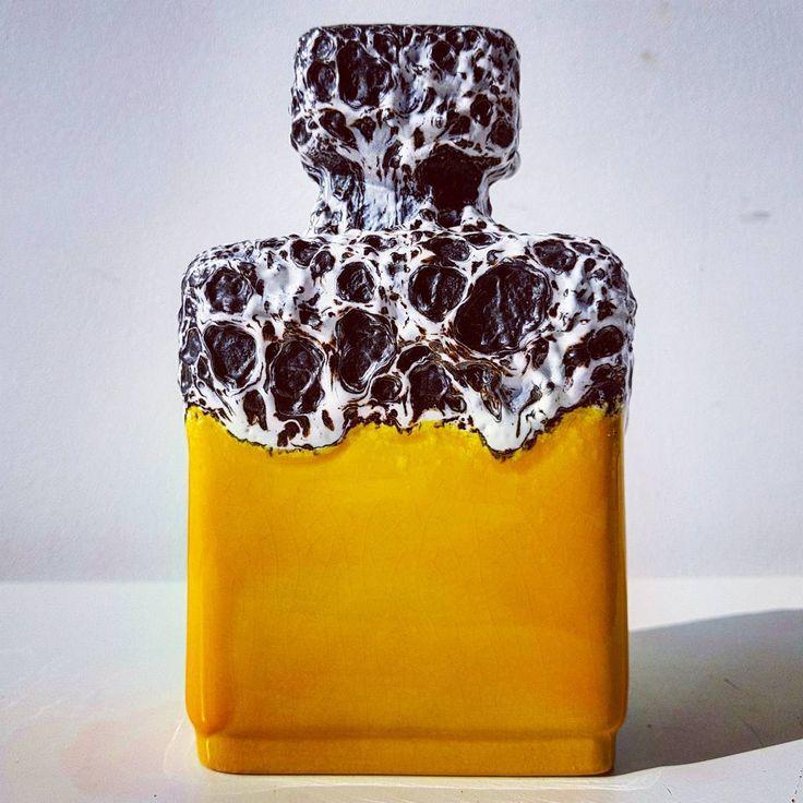 """Polubienia: 55, komentarze: 1 – modern (@modern_old2new) na Instagramie: """"Yellow Jopeko 912 16 #rectangle #yellow #fatlava #white #black #follow #vase #jopeko #wgp…"""""""