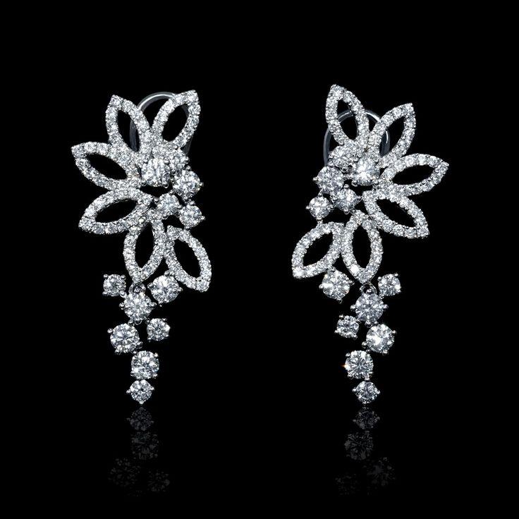 2.48ct Diamond 18k White Gold Dangle Earrings