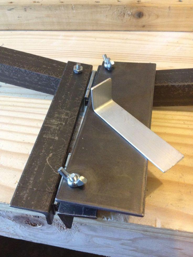 Inexpensive Soft Metal Bending Tool -- http://www.instructables.com/id/Inexpensive-Soft-Metal-Bending-Tool/