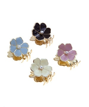 null (Multi Col) 4 Pack Gold Enamel Flower Mini Bulldog Hair Clips  | 274312699 | New Look