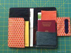 Reiseunterlagen Etui aus Wachstuch und Jeansresten