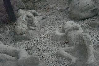 Pompeii Volcano Eruption | The Amazing Buried City of Pompeii | Volcano Vesuvius | People ...