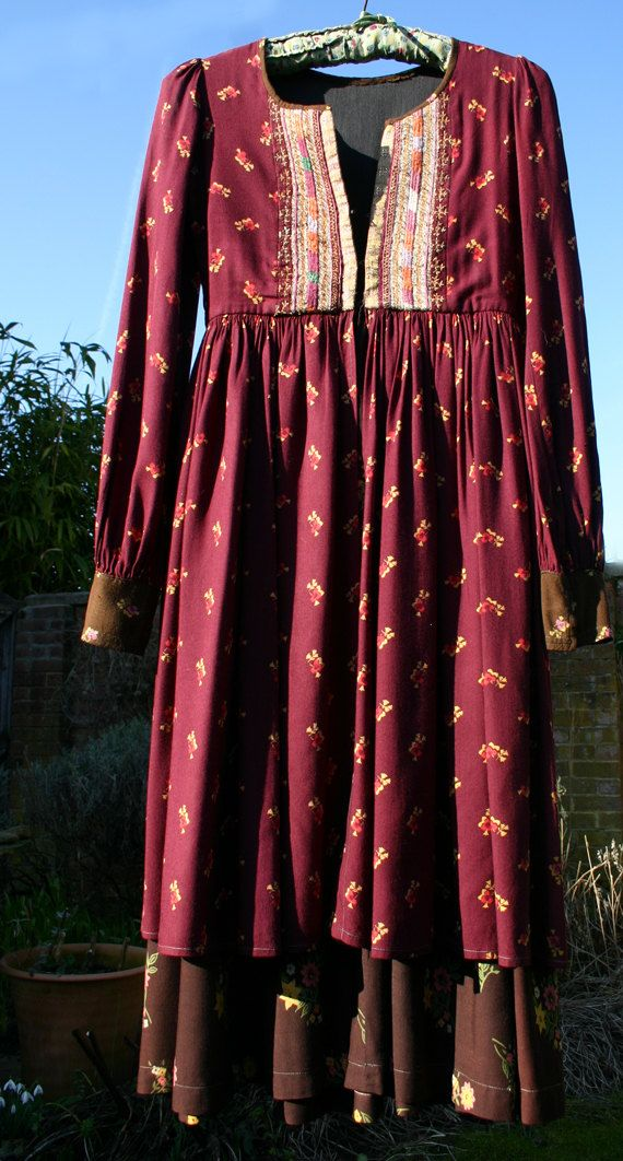 Boho Hippie Midi Dress 1970s by thehankyheiress on Etsy, $150.00 BEAUTIFUL