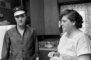 .Elvis Presley and his mom