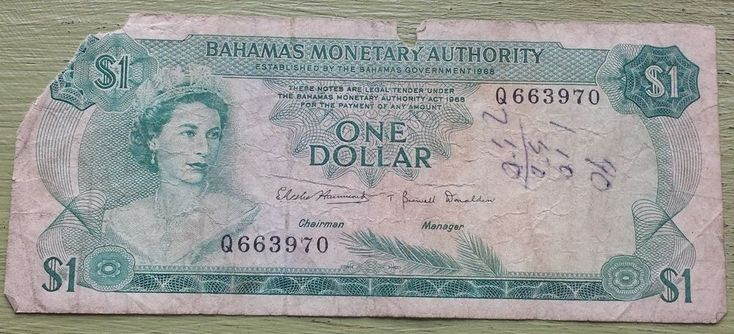 older Bahamas 1 Dollar Banknote Sea Garden Cash Queen Elizabeth ii Island Money