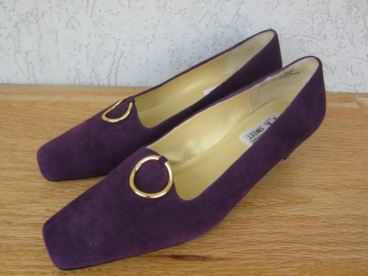 Women's Shoes Maggie Sweet Purple Suede 9 1/2 W 9.5 Wide Heels Square Toe