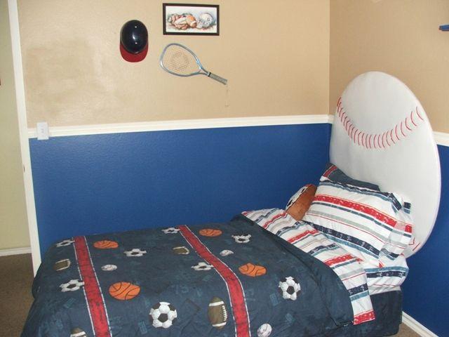 8 best images about boys bedroom on pinterest football - Boys room ideas sports theme ...