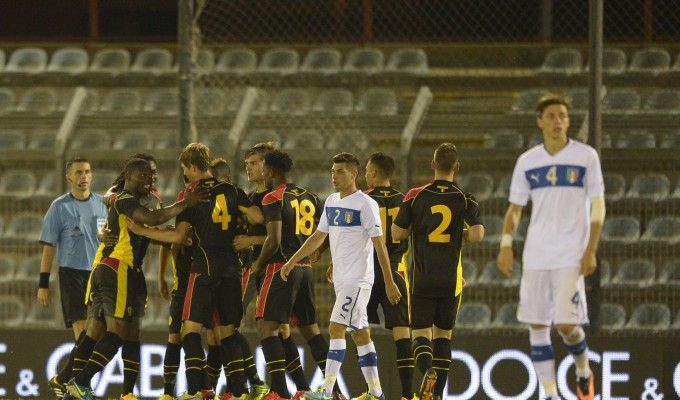 Il nuovo ciclo della nazionale italiana #Under21 comincia con una sconfitta, ma i problemi per Di Biagio non sono solo sul rettangolo di gioco. Di Gennaro Mancini