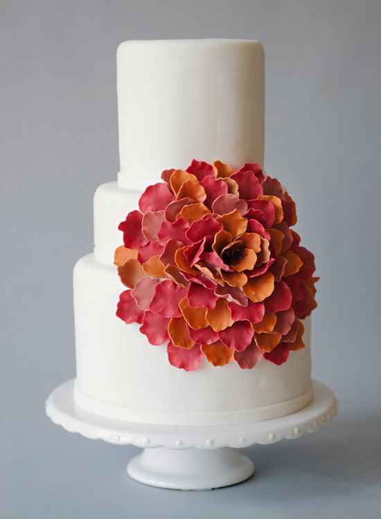 Cake by Cake-ology.  Photography by Prairie Lane Photography.