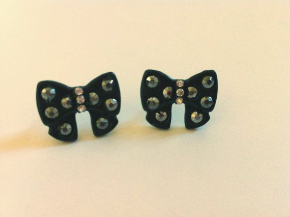 #earrings #black #fashion #lookoftheday #shopping #outfit #charm #style #vintage #bow  Facebook Page https://www.facebook.com/LindsaysStuff?ref=hl