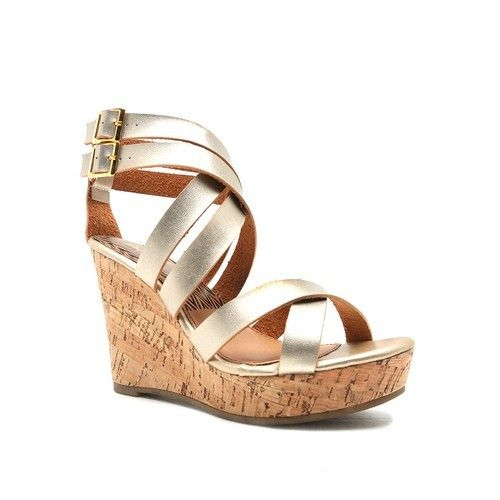 SHINE BRIGHT! Anything gold is beautiful to me so a gold wedge .... is to die…