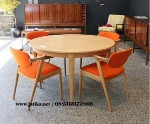 Set Meja Makan Vintage Orange