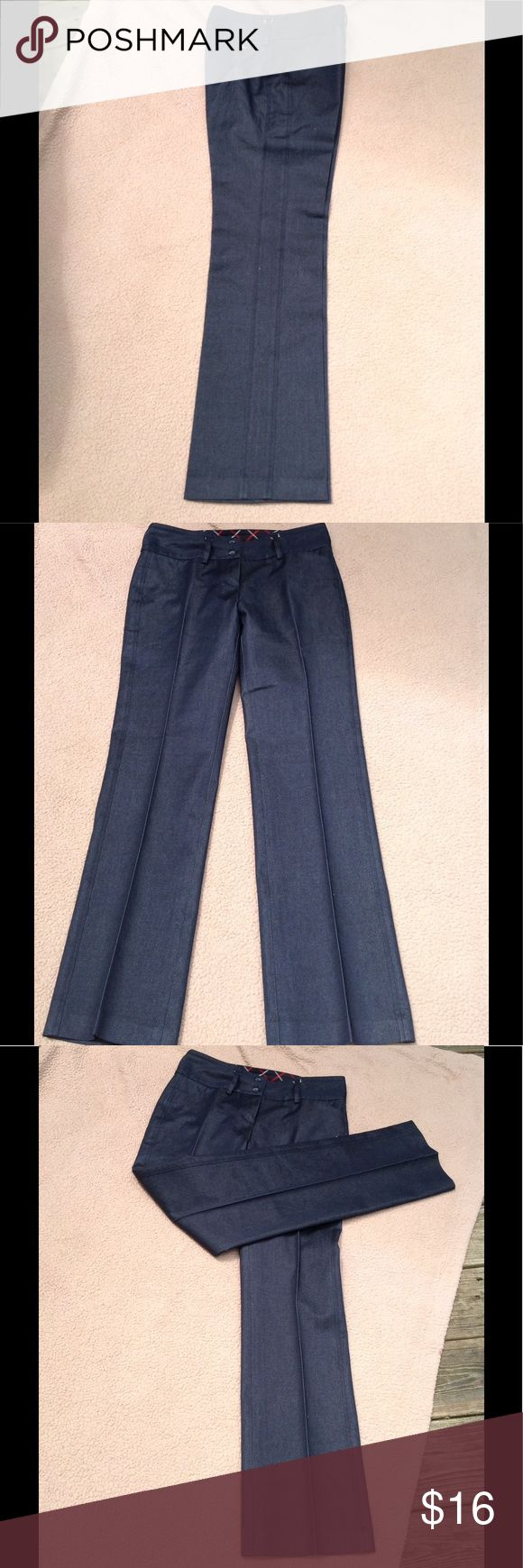Tommy Hilfiger pants Tommy Hilfiger gray pant in great condition! Have been dry cleaned Tommy Hilfiger Pants Ankle & Cropped
