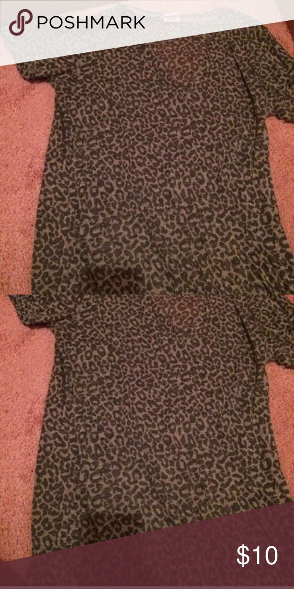 PINK grey cheetah print shirt Cheetah spots are see through - size medium - Victoria's Secret PINK - grey - like new PINK Victoria's Secret Tops Tees - Short Sleeve
