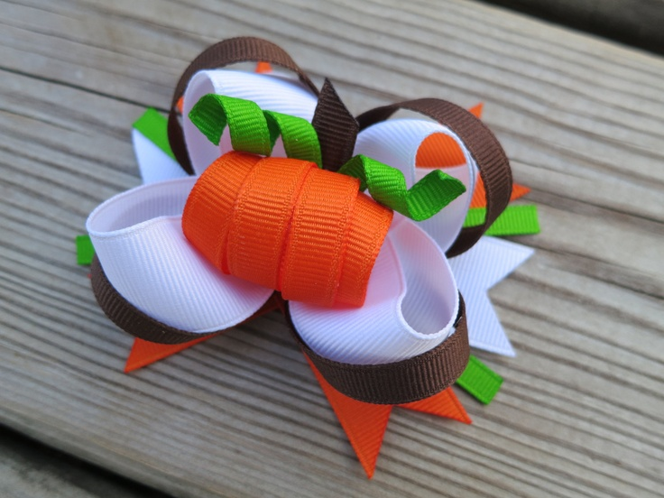 Perfect Pumpkin Bow. $6.50, via Etsy.