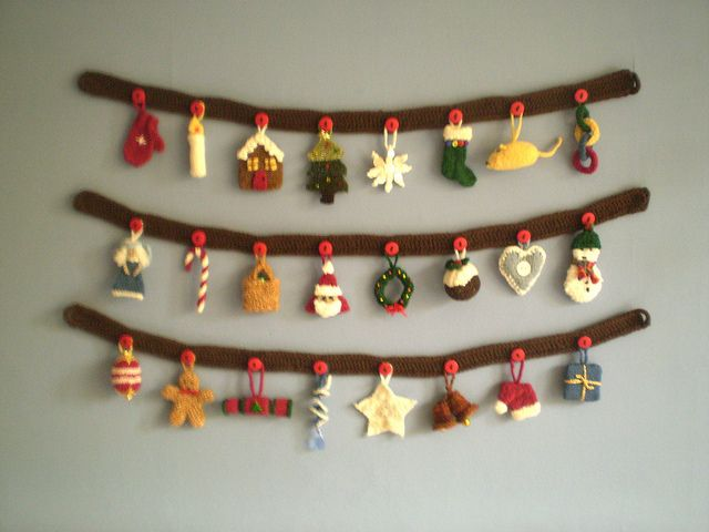 Ravelry: Advent Garland pattern by Frankie Brown