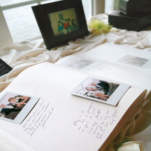 oui Nice way to remember what your guests looked like on your wedding day by leaving a polaroid camera next to the guest book for them to sign and take a picture of themselves,