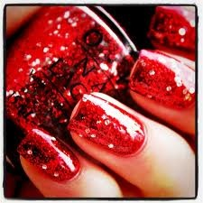 red nail polish........ AWESOME! #ALDO40  #painttownred