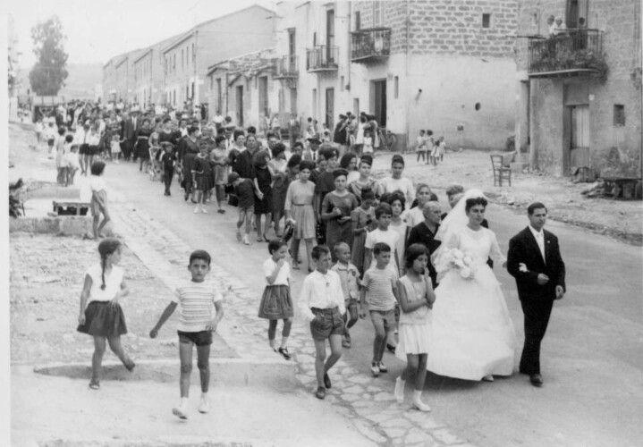 Italian Vintage Photographs ~ Wedding, Sicilian style. #Italy #Italian #vintage #photographs #family #history #culture #weddings
