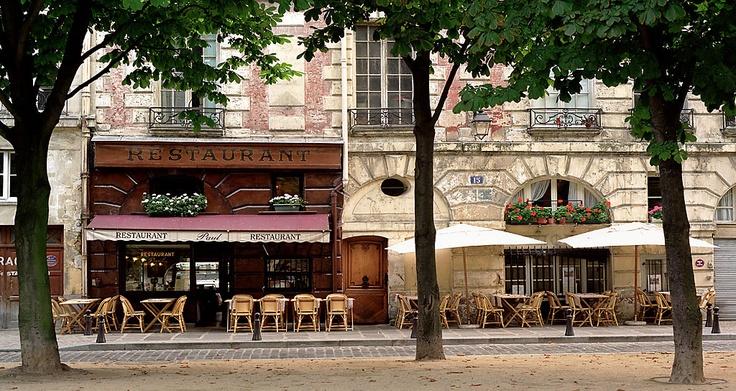 Paul's- Paris(Ile de la Cite), France