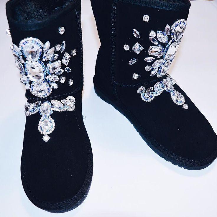 По всем вопросам обращаться вк http://ift.tt/1DokiI4 или в Директ  #подзаказ #заказ #мода #фото #фотовживую #фотовреале #дом2 #vsco #vscocam #vscorussia #follow #followme #fashion #style #нефтекамск #иваново #угги #обувь #стразы