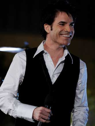 Pat Monahan (Train) - Starlight Theater (again) - August 2012
