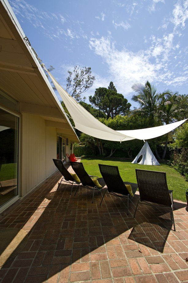 Best 25 canvas canopy ideas on pinterest diy curtain tracks canvas patio covers and pergola - Canvas canopy ...