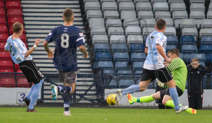 Queen's Park's Wullie Muir saves during the Ladbrokes League One game between Queen's Park and Stenhousemuir.