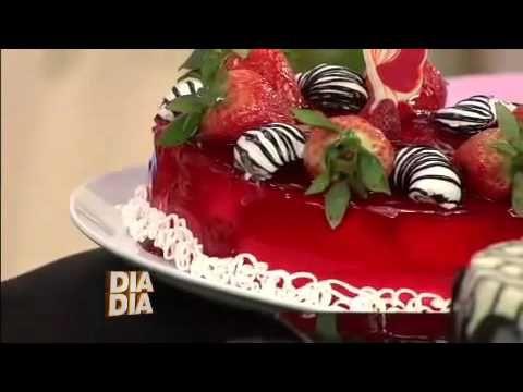 eBand Videos Receita Minuto Aprenda a decorar Bolos com o Chef de cozinha Eduardo Beltrame Pa - YouTube