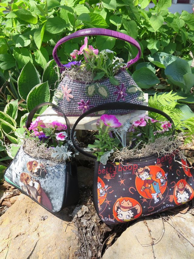 Make a Flowering Purse Planter: Flowers To Go