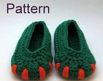 Baby Converse Pattern Converse Booties pattern por HookNYarnCrochet