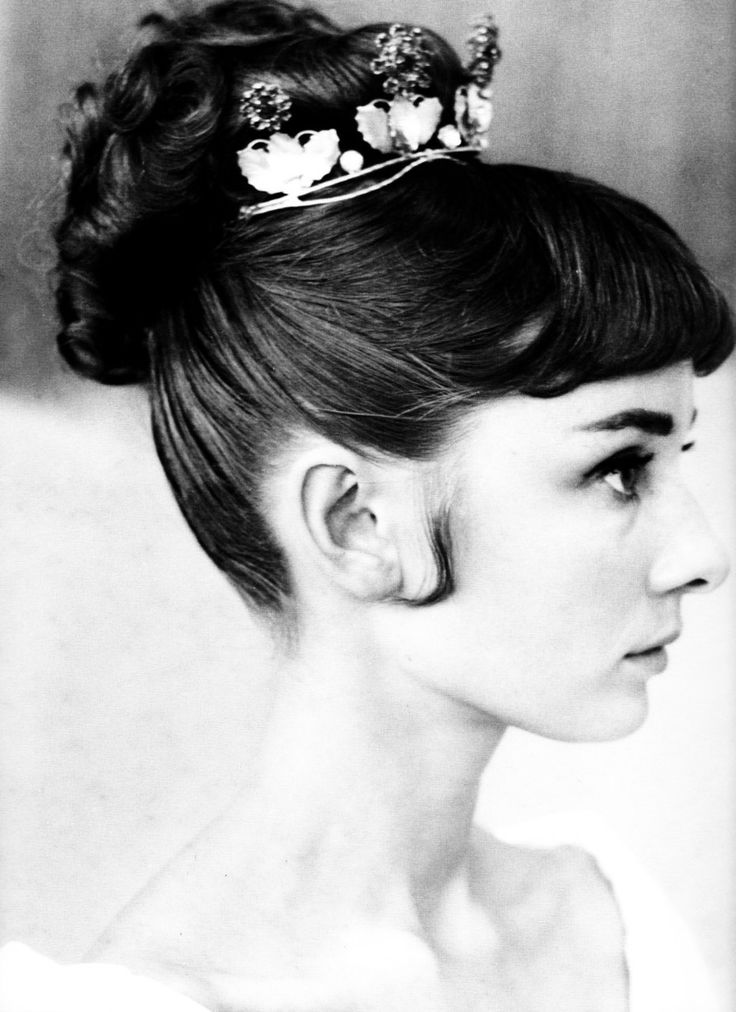 Audrey Hepburn hair test for 'War and Peace', 1955. Classic.