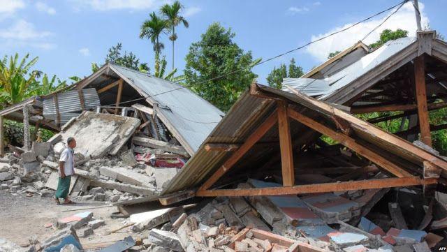 زلزال قوي يضرب سوريا وتركيا والعراق بقوة 6 7 درجات Indonesia Earthquake Lombok Indonesia Holidays