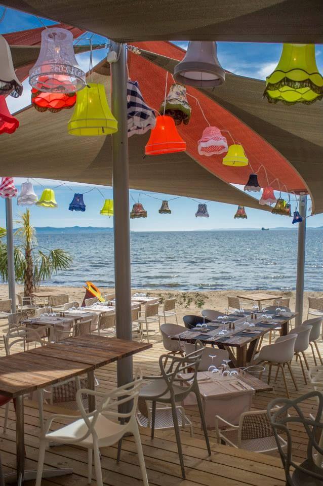 Restaurant le marais hy res master et audrey chairs - Restaurant le marais hyeres ...