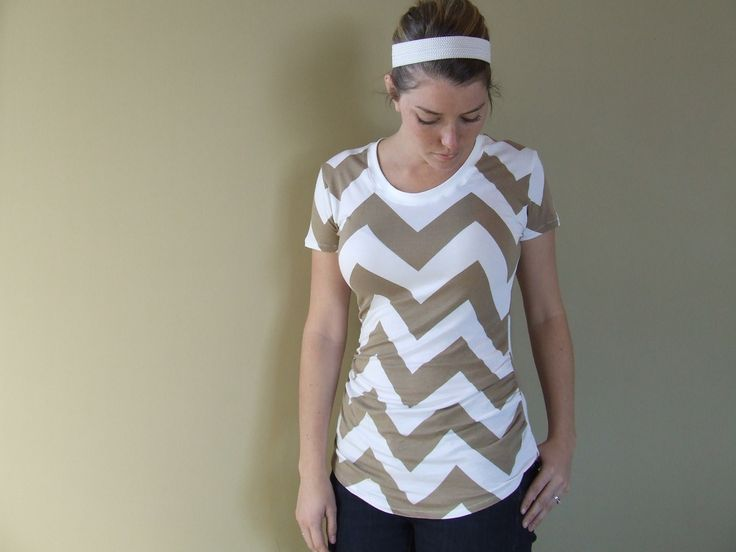 MishMashMade.com shows how the Ruched Maternity T fits on a non pregnant bod!