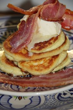Banting Flapjacks with Bacon & Triple Cream for Breakfast